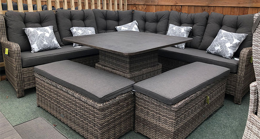 Weatherproof rattan garden furniture